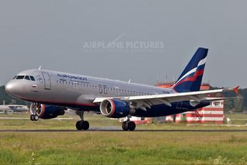 VQ-BIW - Aeroflot Airbus A320