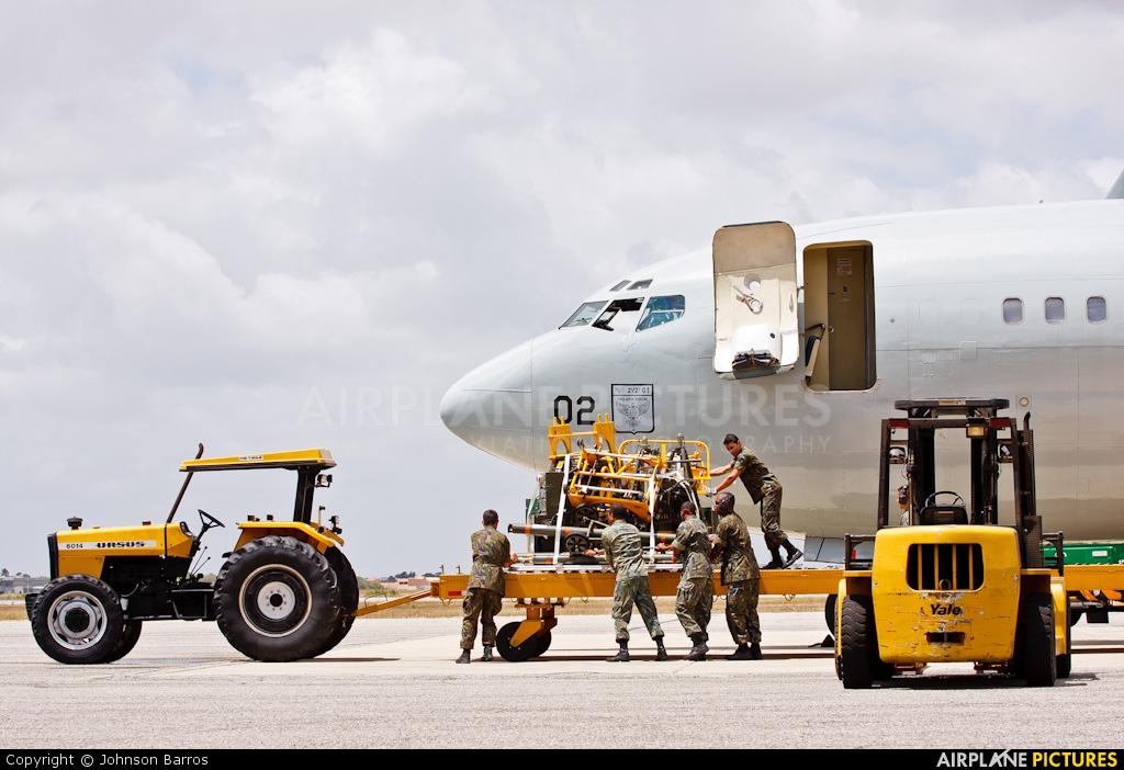 Brazil - Air Force 2402 aircraft at Natal - Augusto Severo