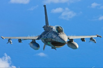 859 - Chile - Air Force Lockheed Martin F-16DJ Fighting Falcon