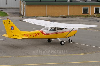 OY-TRE - Private Cessna 172 Skyhawk (all models except RG)