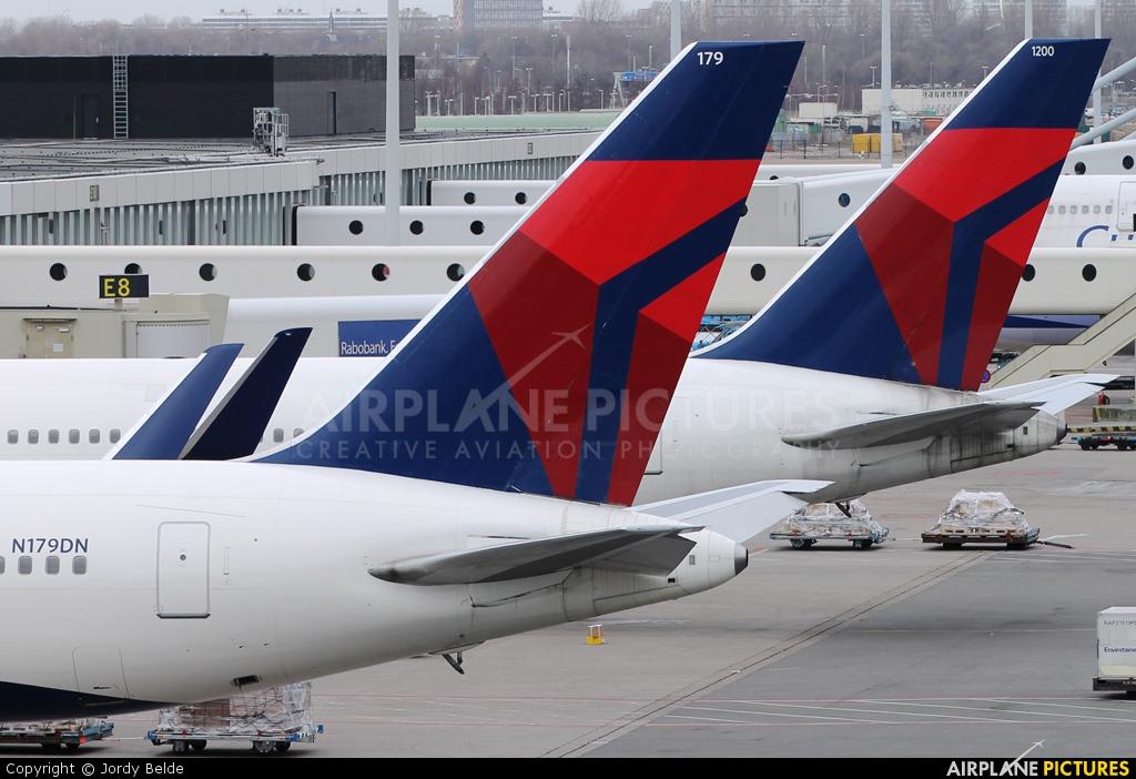 Delta Air Lines N179DN aircraft at Amsterdam - Schiphol