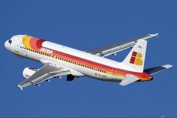 EC-LKG - Iberia Airbus A320
