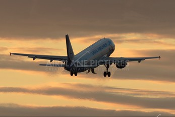 - - Ural Airlines Airbus A319