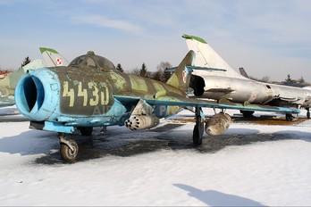 4430 - Poland - Air Force PZL Lim-6bis