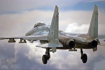 25 - Russia - Air Force Sukhoi Su-27