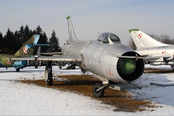 12 - Poland - Air Force Sukhoi Su-7BKL