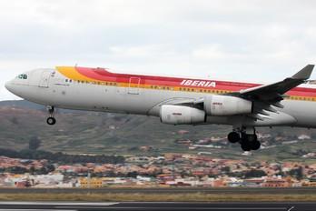 EC-HDQ - Iberia Airbus A340-300