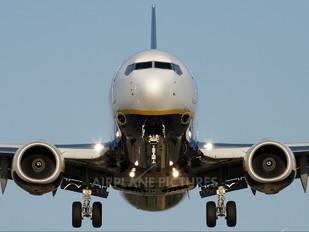 EI-EKI - Ryanair Boeing 737-800