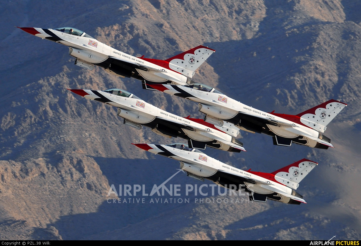 USA - Air Force : Thunderbirds 92-3898 aircraft at Nellis AFB