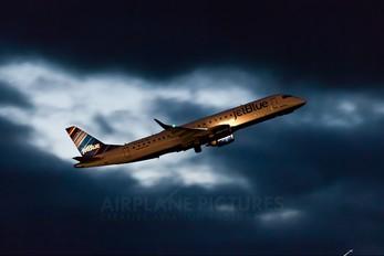 N339JB - JetBlue Airways Embraer ERJ-190 (190-100)