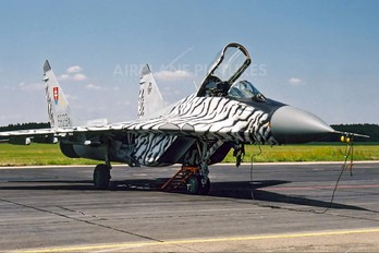 6829 - Slovakia -  Air Force Mikoyan-Gurevich MiG-29A