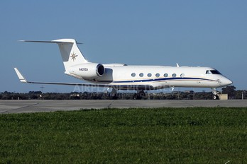 N405GA - Private Gulfstream Aerospace G-V, G-V-SP, G500, G550