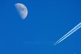 - - KLM Boeing 777-200ER