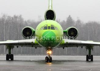 RA-85725 - KMV Tupolev Tu-154M