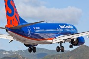 N805SY - Sun Country Airlines Boeing 737-800 aircraft