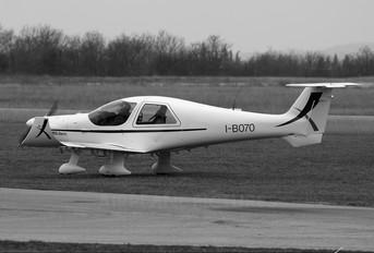 I-B070 - Private Dyn Aero MCR01 Club
