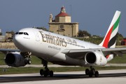 Emirates Airlines A6-EAD image