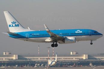 PH-BGU - KLM Boeing 737-700