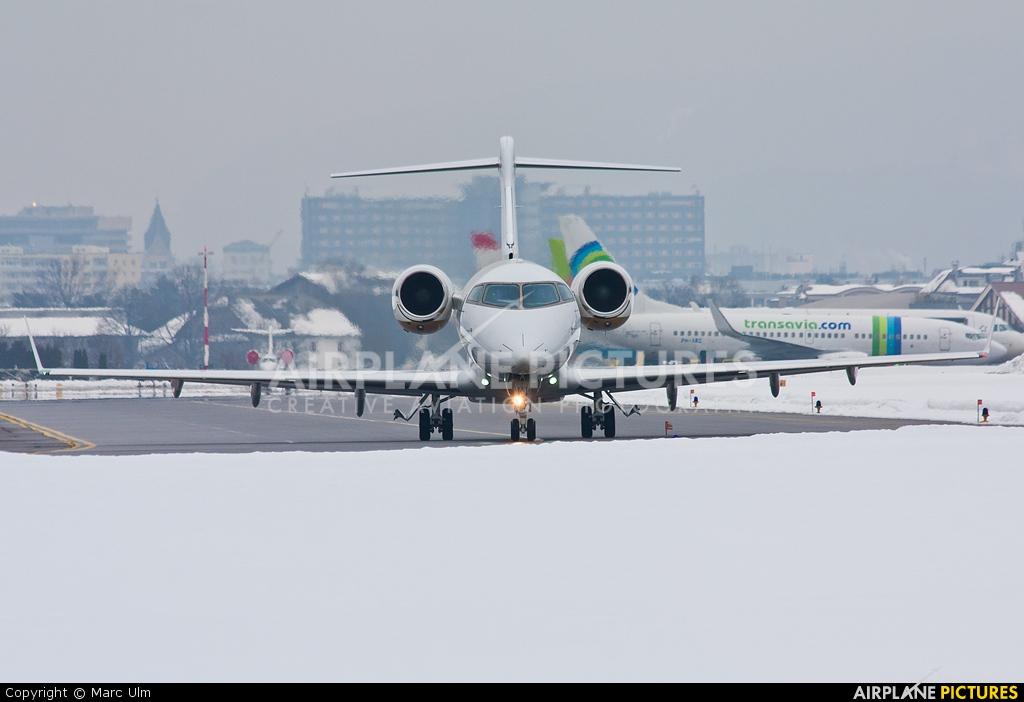 Jet Service SP-ZSZ aircraft at Innsbruck