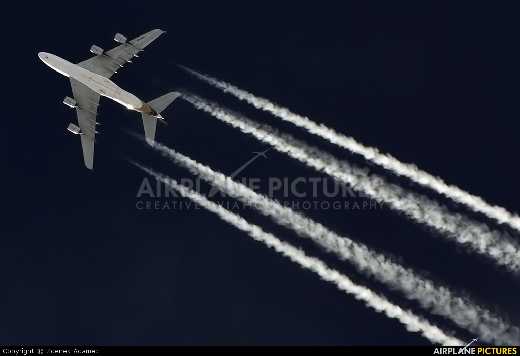 Singapore Airlines 9V-SKK aircraft at In Flight - Czech Republic