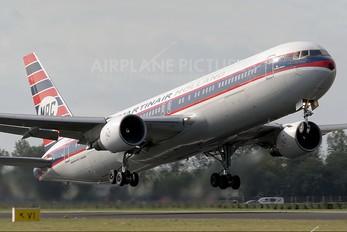 PH-MCL - Martinair Boeing 767-300ER