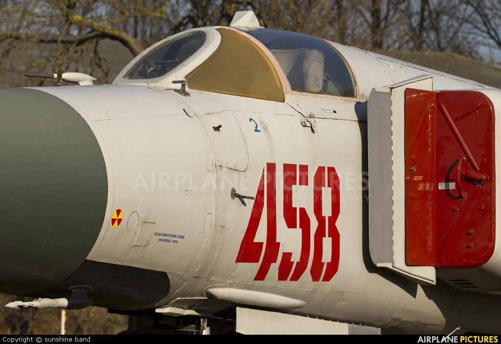 Poland - Air Force 458 aircraft at Newark Air Museum