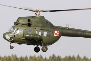 4437 - Poland - Air Force Mil Mi-2