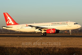 PH-AAY - Amsterdam Airlines Airbus A320