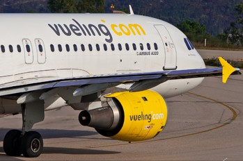 EC-ICQ - Vueling Airlines Airbus A320