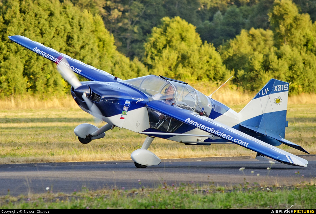 Private LV-X315 aircraft at Villarrica
