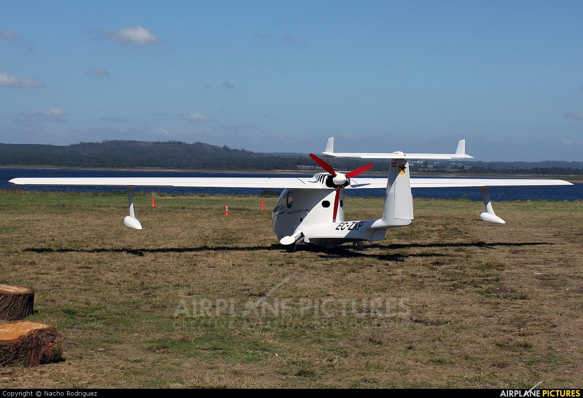 Private EC-ZXP aircraft at Aerodromo De Mazaricos