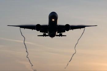 VT-JEM - Jet Airways Boeing 777-300ER