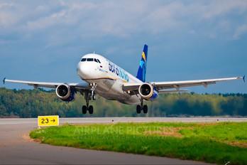 EI-ELN - Avianova Airbus A320