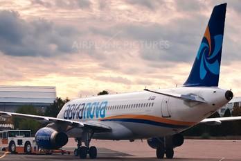 EI-EEI - Avianova Airbus A320