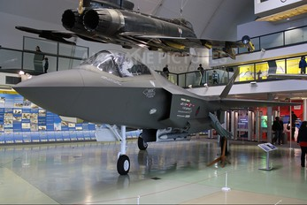 - - Private Lockheed Martin F-35 Lightning II