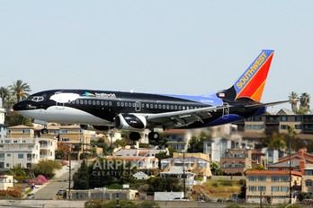 N334SW - Southwest Airlines Boeing 737-300