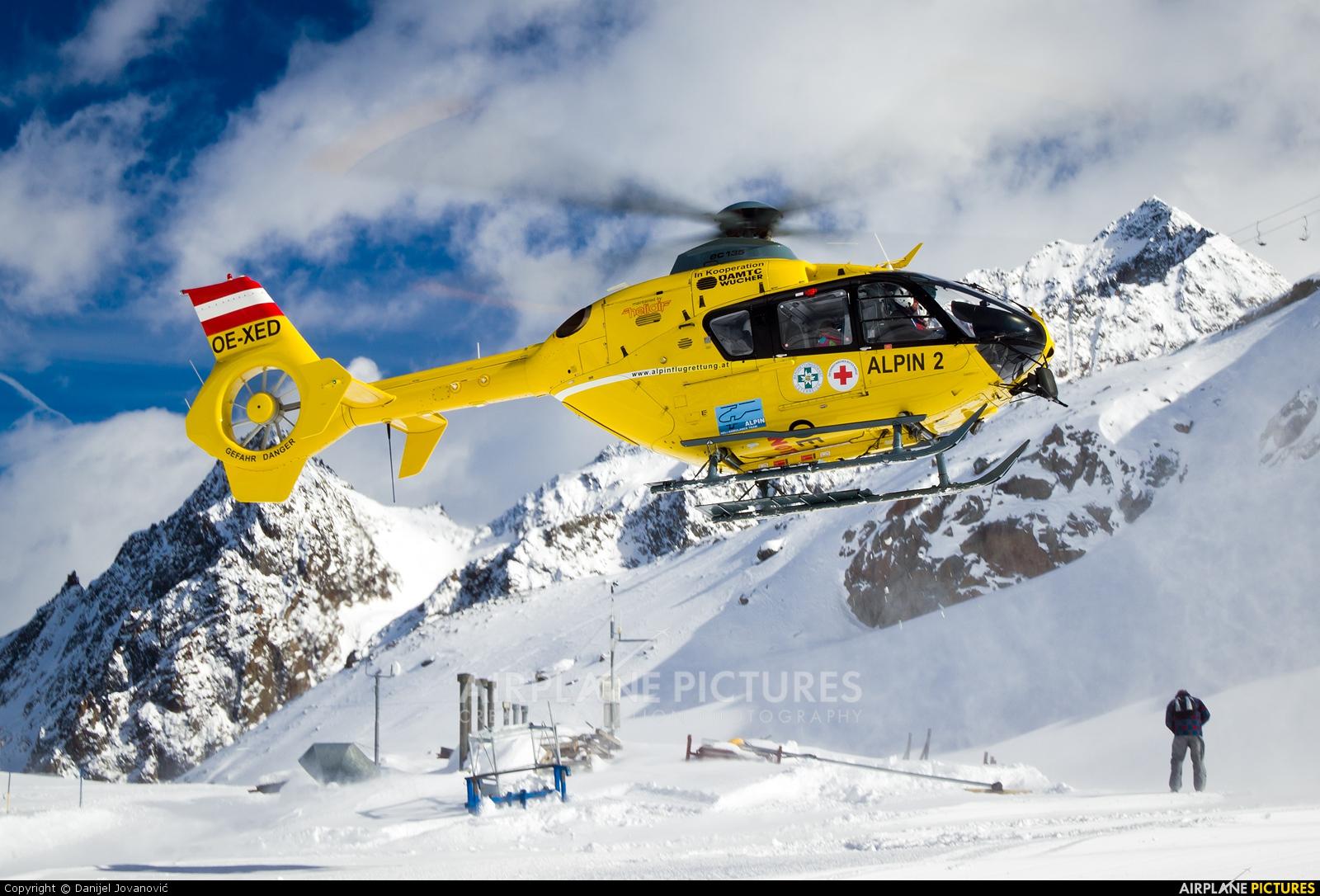 OAMTC OE-XED aircraft at Stubaier Gletscher