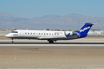 N951SW - SkyWest Airlines Canadair CL-600 CRJ-200