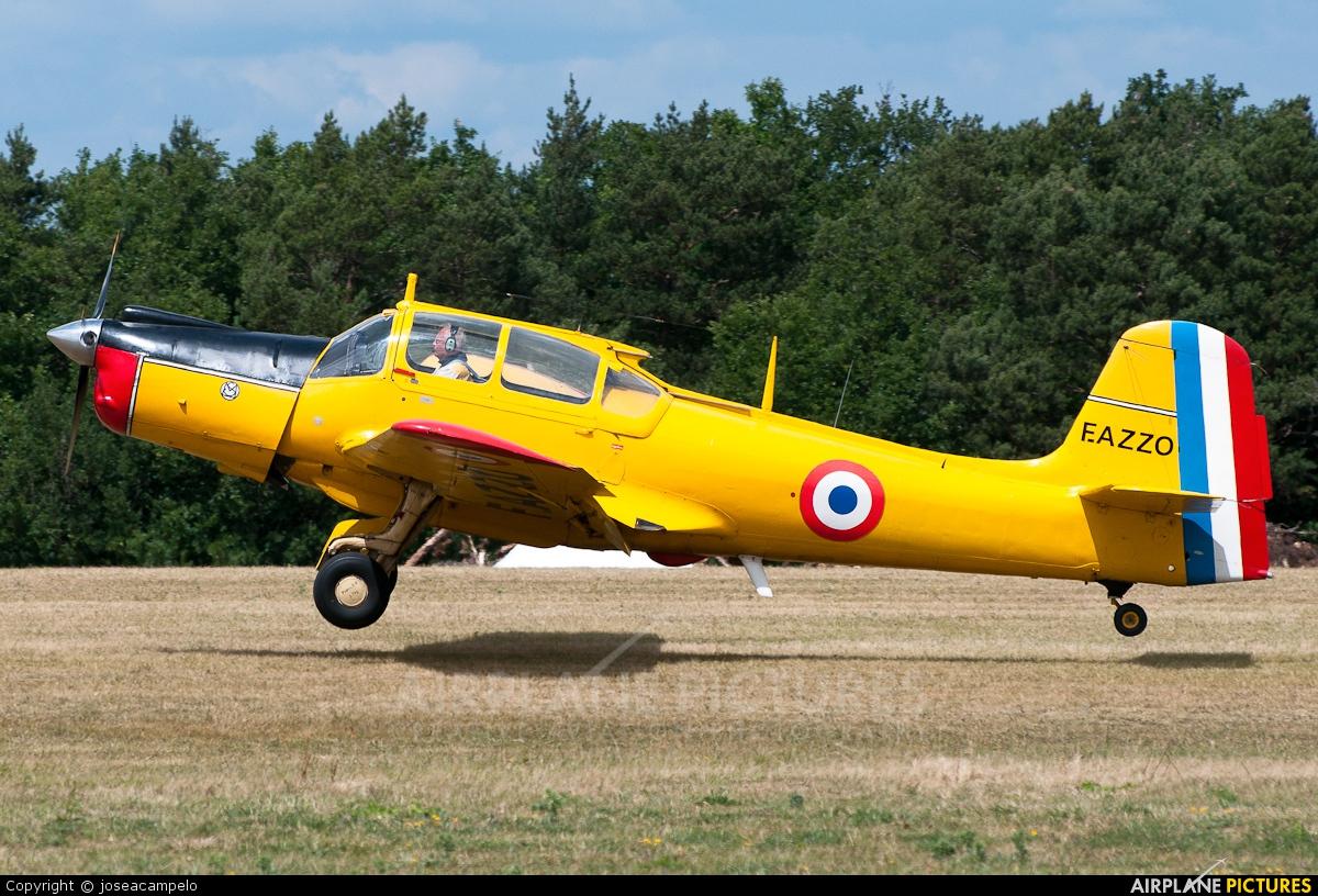 Private F-AZZO aircraft at La Ferté-Alais
