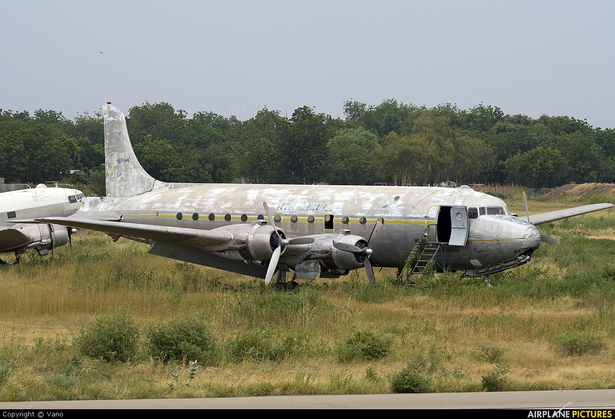 Air Tchad - aircraft at N
