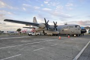 Hurricane hunter visits St. Maarten title=