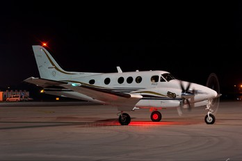 SP-MWP - Private Beechcraft 90 King Air