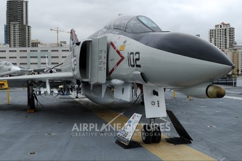 153030 - USA - Navy McDonnell Douglas F-4N Phantom II