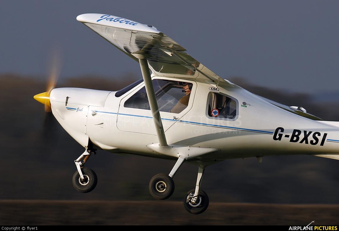 Private G-BXSI aircraft at Lashenden / Headcorn