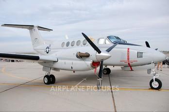 161502 - USA - Marine Corps Beechcraft UC-12B Huron