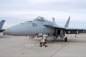 166432 - USA - Navy McDonnell Douglas F/A-18E Super Hornet