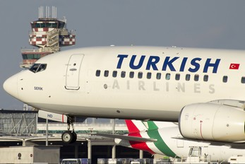 TC-JHD - Turkish Airlines Boeing 737-800