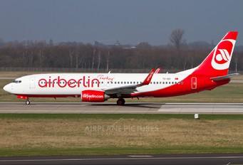 TC-IZC - Air Berlin Turkey Boeing 737-800