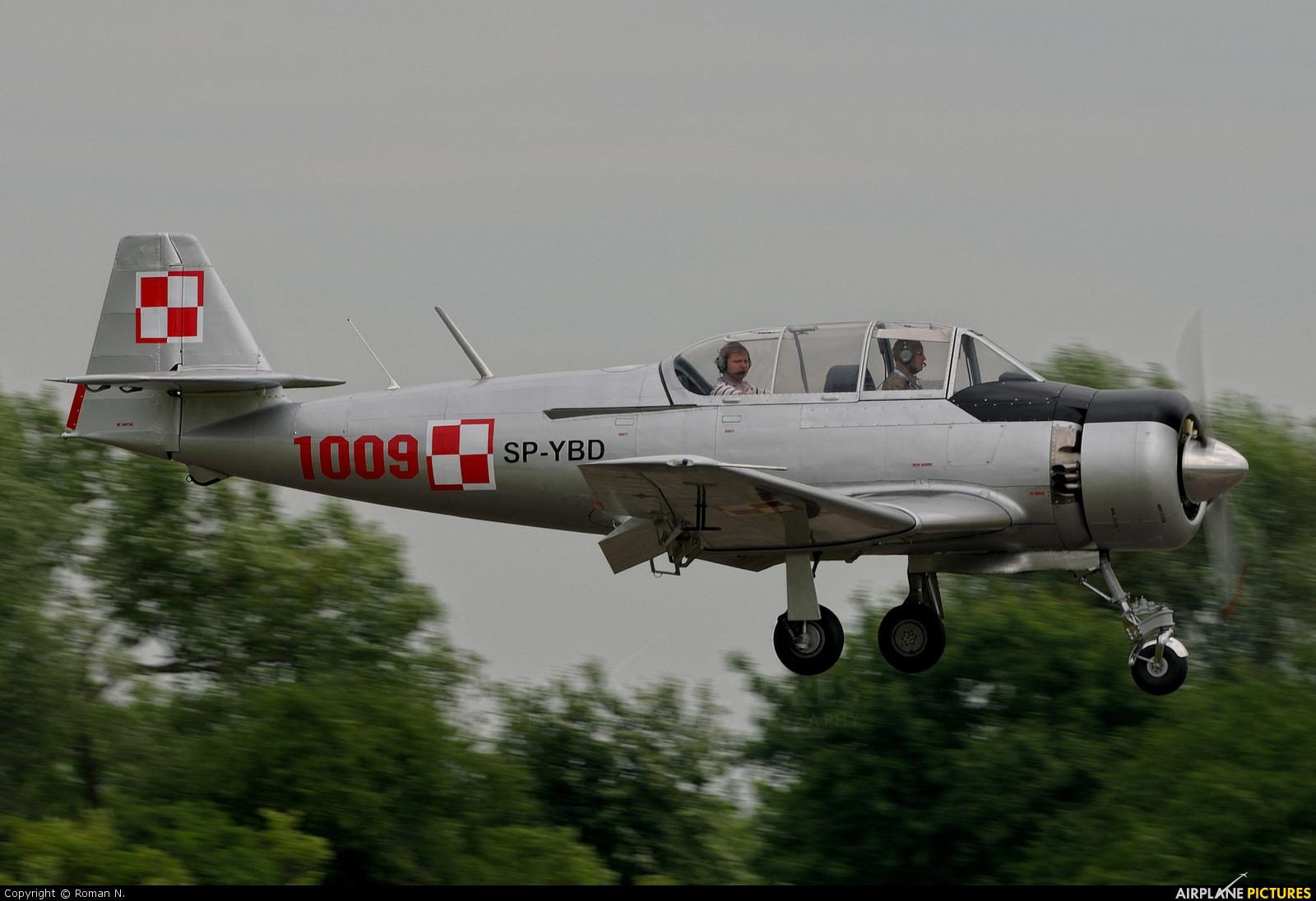 Private SP-YBD aircraft at Płock