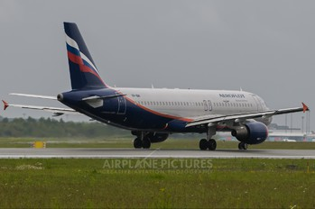 VP-BWI - Aeroflot Airbus A320